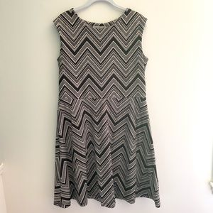 Women's abstract chevron print fit n flare dress